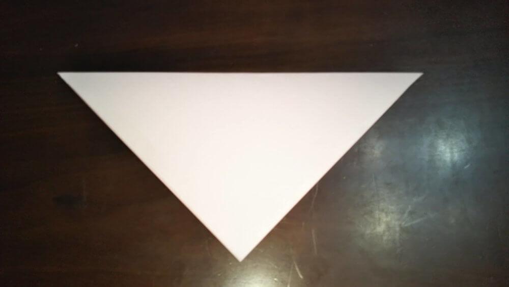 「平面カエルの顔」の簡単な折り方1