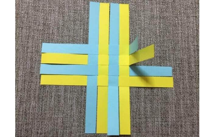 画用紙工作:手作り箱の作り方10
