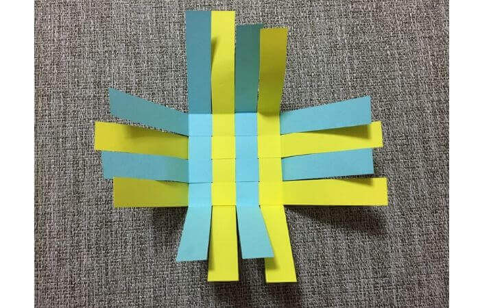 画用紙工作:手作り箱の作り方11