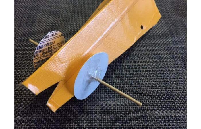 牛乳パック工作:輪ゴムで走る車の作り方10