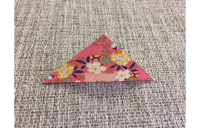 雛人形の折り紙【簡単な着物の折り方1】