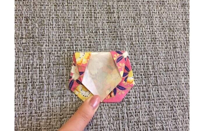雛人形の折り紙【簡単な着物の折り方9】