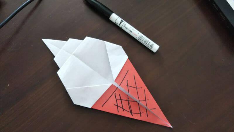 ソフトクリーム折り紙の簡単な折り方7