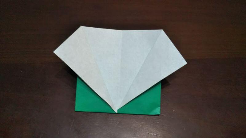 ジャケットスーツの折り方5
