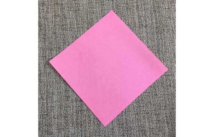 幼児でも簡単にできるハート折り紙の折り方1