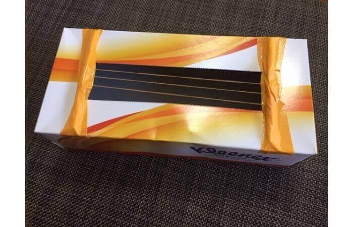 簡単工作:ティッシュ箱ギターの作り方7