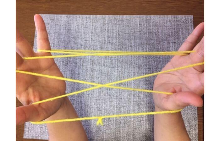 簡単あやとり手品「指ぬき」のやり方4