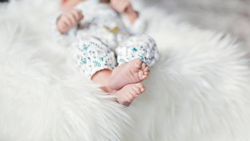出産~生後2か月の赤ちゃん