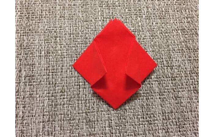 折り紙「立体的なチューリップ」の折り方12