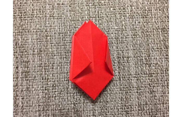 折り紙「立体的なチューリップ」の折り方13