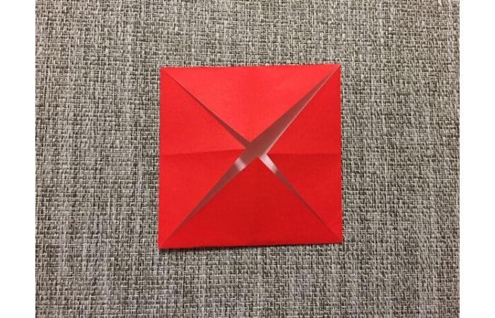 折り紙「立体的なチューリップ」の折り方6