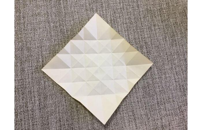 折り紙1枚で作る「立体ダリア」の折り方12