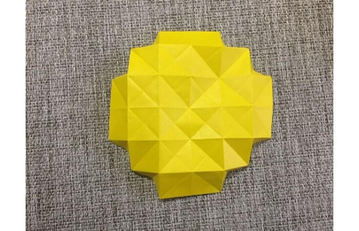 折り紙1枚で作る「立体ダリア」の折り方14-2