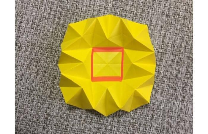 折り紙1枚で作る「立体ダリア」の折り方16