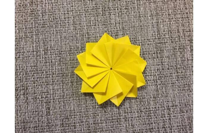 折り紙1枚で作る「立体ダリア」の折り方19-2