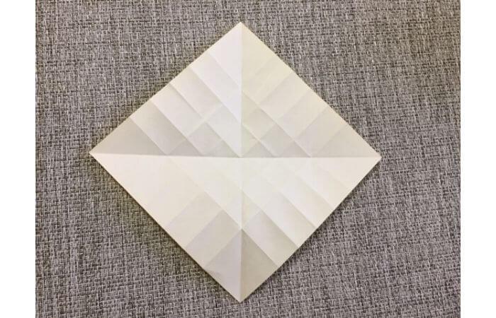折り紙1枚で作る「立体ダリア」の折り方9