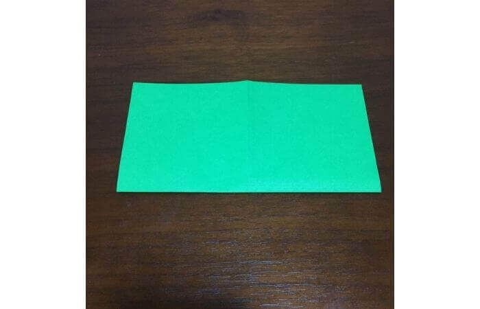 ピョンピョン跳ぶ立体的なカエルの折り方3