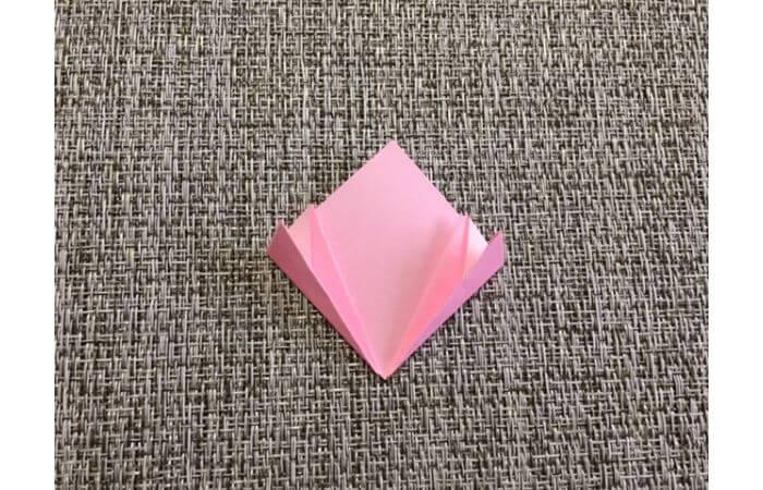 簡単折り紙「桜の花びら」の折り方11