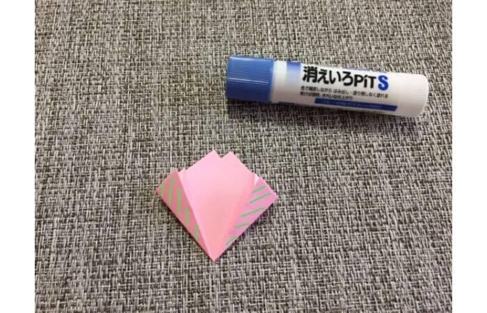 簡単折り紙「桜の花びら」の折り方13
