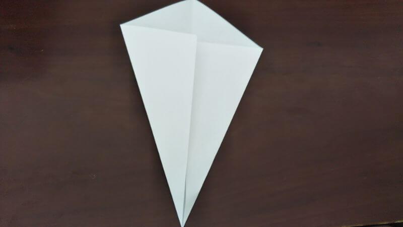 簡単折り紙「かわいいお化け」の折り方2