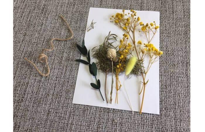 【100均DIY】立体ドライフラワーインテリア〈花束の壁面飾り〉2
