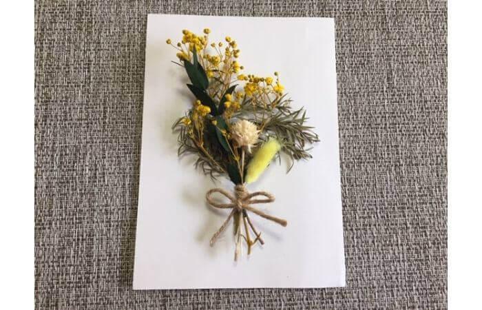 【100均DIY】立体ドライフラワーインテリア〈花束の壁面飾り〉5