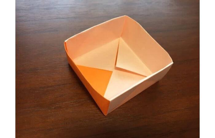 簡単折り紙の本の折り方16