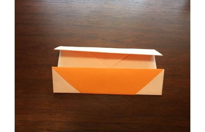 簡単折り紙の本の折り方8