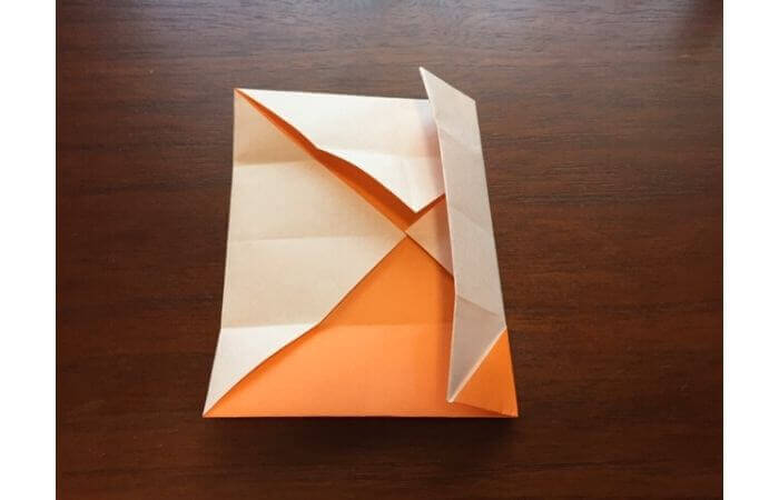 簡単折り紙の本の折り方9