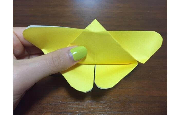 簡単折り紙|立体的な蝶々の折り方12