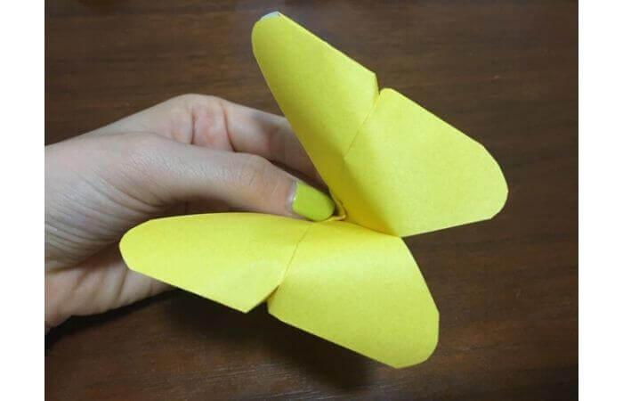 簡単折り紙|立体的な蝶々の折り方14